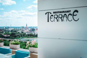 2019-terrace-03